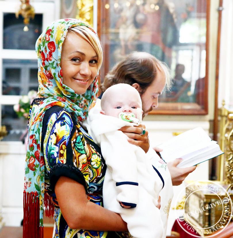 http://posta-magazine.ru/images/stories/flexicontent/12_cristians_Rudkovskaya_Posta_Magazine.jpg