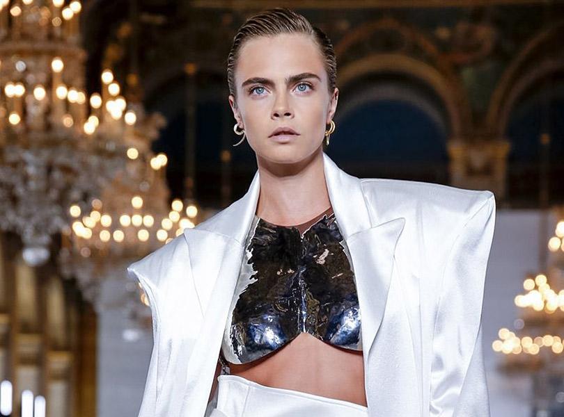 Шито белыми нитками  показ Balmain на Неделе моды в Париже   Posta ... 6838af85b5e