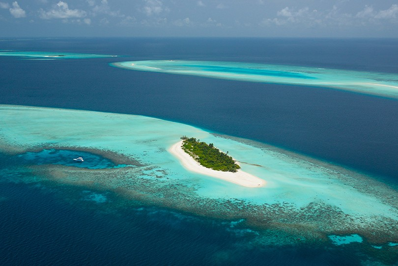 Travel News: частный остров Four Seasons Private Island Mald...
