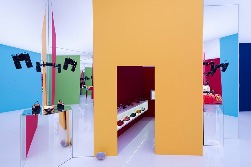 9a13997a3383 Shoes & Bags Blog: Furla показала новую коллекцию в Милане / Posta ...