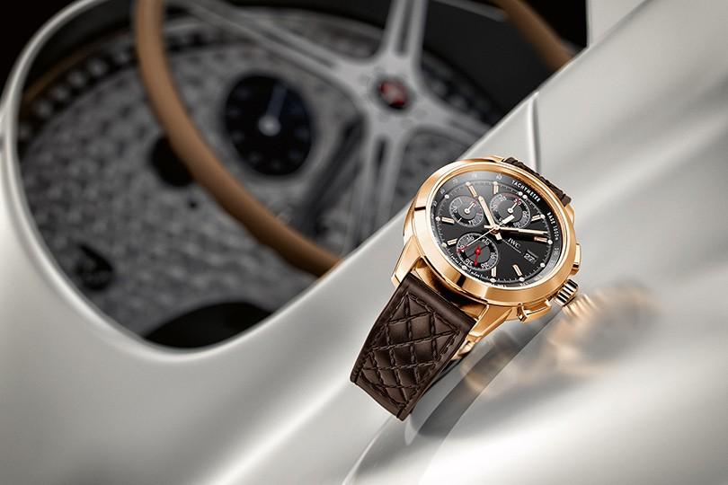 Часы для гонщиков