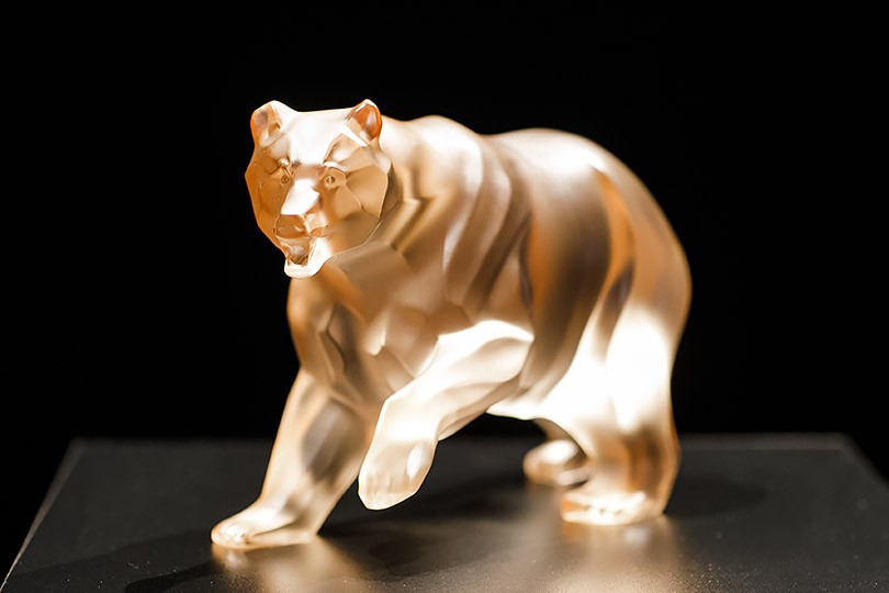 Мишенька-медведь  Lalique представляет скульптуру 4a9135c5e58dd