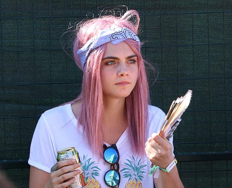 Руссо-розовые волосы