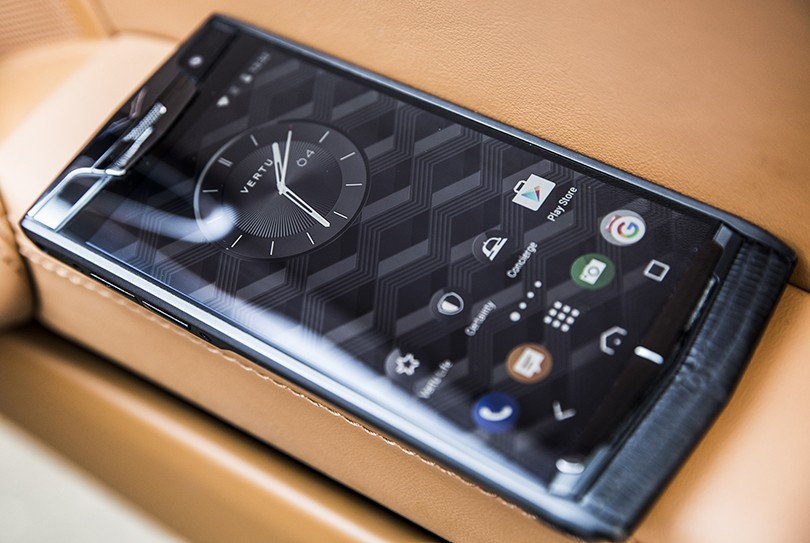 Механизмы с Яном Коомансом: Vertu The New Signature Touch, и...