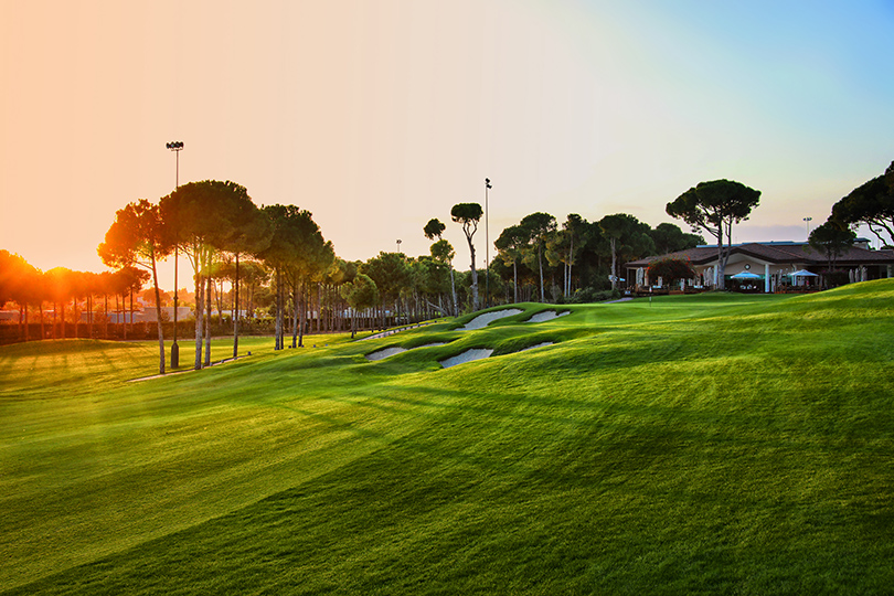 Планы на лето: играем в гольф в Regnum Carya Golf & Spa Resort в Белеке