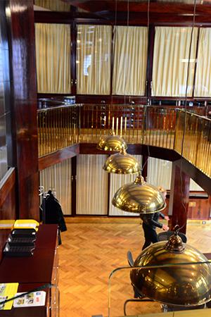 8f0ecd7cf419 Банки превращаются  отели, бутики и картинные галереи в бывших ...