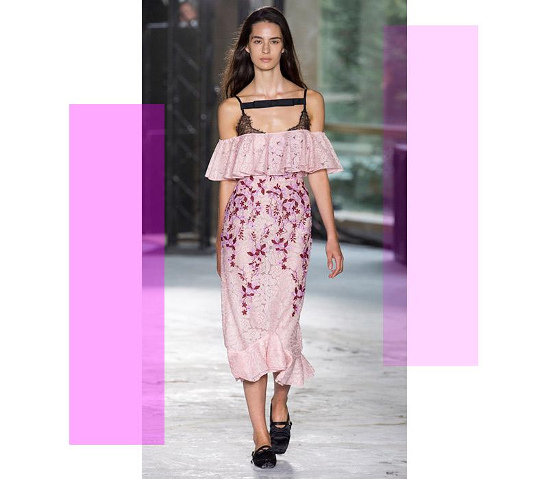 44e4196cecf 10 вещей сезона  лучшие платья на лето по мнению дизайнера Анастасии  Задориной. На свидание