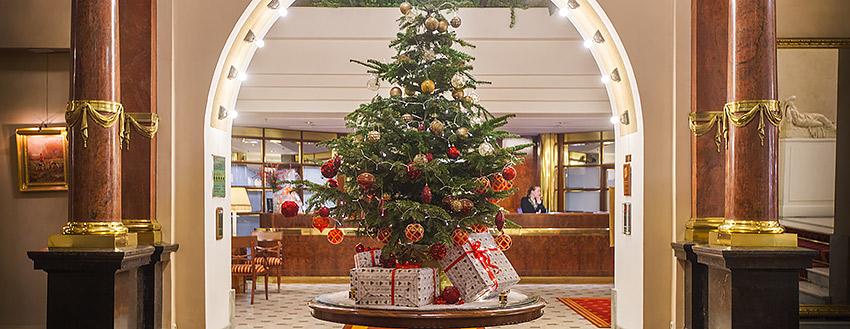 Где отмечать Новый год: праздники в лучших отелях Санкт-Петербурга
