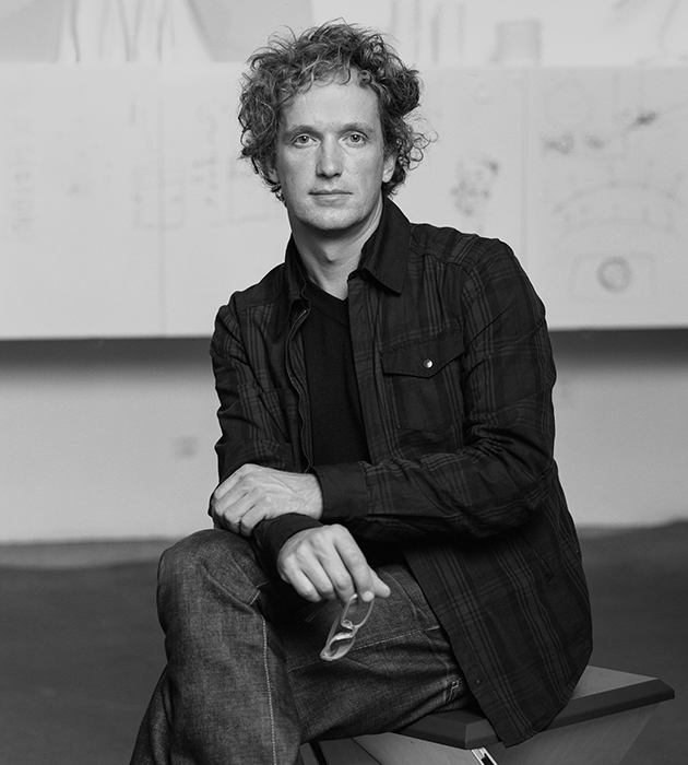 Знаменитый швейцарский промышленный дизайнер Ив Беар, объединившийся с Samsung, чтобы создать The Frame