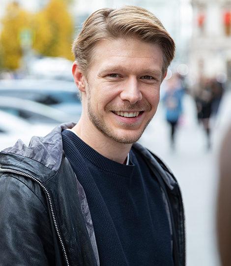 КиноБизнес изнутри с Ренатой Пиотровски: интервью с актером Никитой Ефремовым