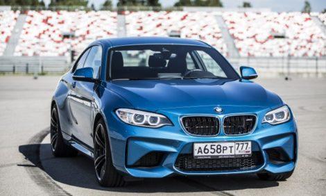 Авто с Яном Коомансом: тест-драйв BMW M2 — Возрождение M-серии?