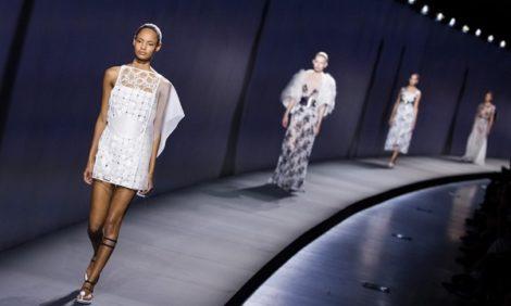 Неделя моды в Париже: шоу Balenciaga и Vionnet