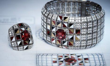 История в лицах: первая «высокая» ювелирная коллекция Chanel, созданная для России