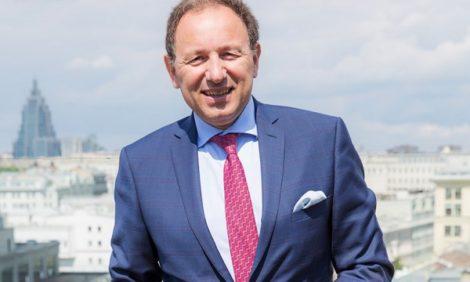 Профессия: отельер. Генеральный менеджер отеля Hôtel Martinez в Каннах Алессандро Креста — о красивой жизни и секретах профессии