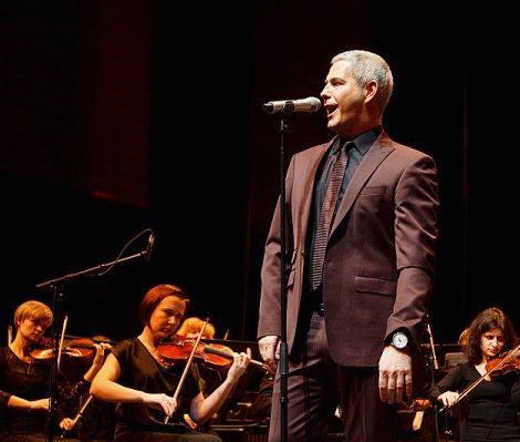 Идеальный вечер: концерт итальянского тенора Алессандро Сафина.