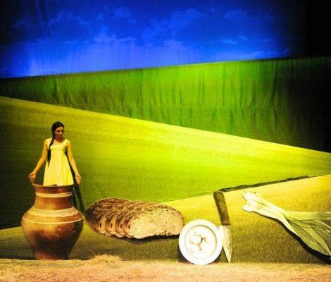 «Свой Город» с Натальей Лучаниновой: первый спектакль в Политехническом музее