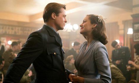 Кино на уикенд: три причины посмотреть на Брэда Питта в новом фильме «Союзники»
