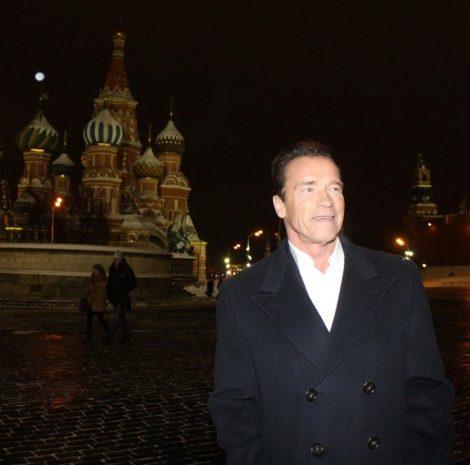 В объективе Омара Лесникова: Арнольд Шварценеггер снова в Москве. И снова в ГУМе