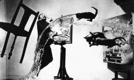 Art Weekend в Москве: закулисье XX века в фотопортретах Филиппа Халсмана и Мишеля Сима