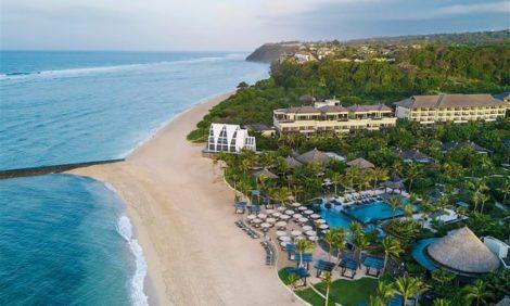 Куда поехать в январе: Бали — белоснежные пляжи Нуса-Дуа, гостеприимство Ritz-Carlton Bali и гастрономические сеты Реймонда Сика