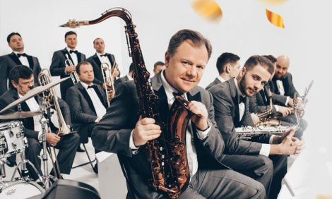 Теория Большого бэнда: Московский джазовый оркестр Игоря Бутмана отмечает 20-летний юбилей
