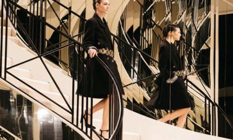 Возвращение домой: в Париже прошло шоу Chanel Métiers D'Art