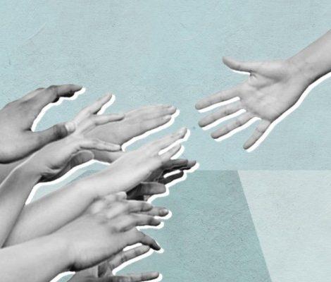 Благотворительность с Катей Бермант: руководитель фонда «Живой» — о том, как помогать взрослым