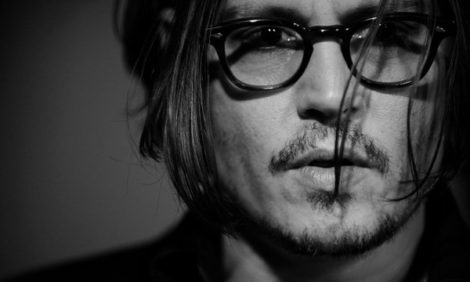 Фильм с Джонни Деппом отозван из проката: разбираемся в причинах скандального поведения актера вместе с психологом