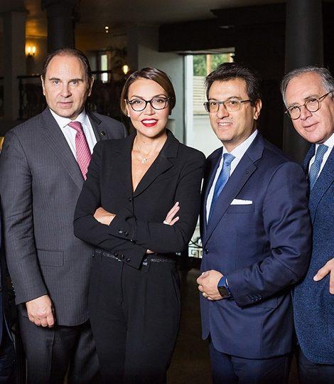 Travel Experts: обед с генеральными директорами отелей сети Waldorf Astoria