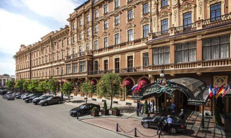 #postatravelnotes Стилист Ирэн Дужий — об очаровании Петербурга, умении удивляться и мечтах «Карлоты»