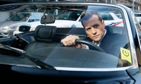 Как у Джеймса Бонда и Стива Маккуина: машины Харви Спектера