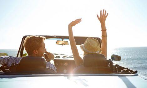 Health & Beauty: чем вредны длинные перелеты и поездки на машине и что с этим делать?