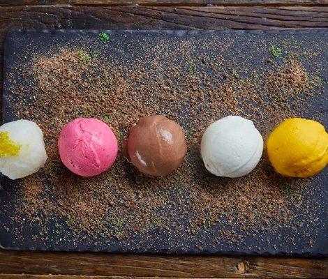 Охладить пыл: 12 ресторанов Москвы, где готовят вкусное и необычное мороженое