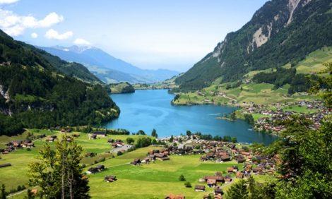 Идея на каникулы: изучаем красоты швейцарского Интерлакена