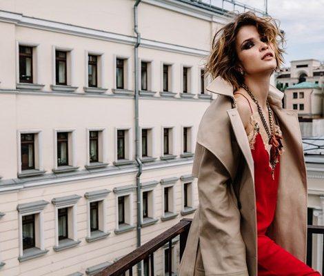 Тренды осени: лучшие платья-комбинации из новых коллекций и как их носить?