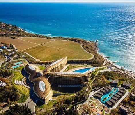 Планы на лето: грязь, дыня и бурлящая купель, или Спа-каникулы в Крыму в Mriya Resort & Spa