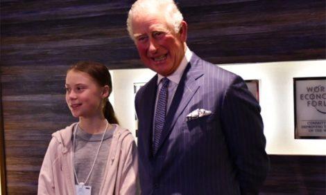 Фото дня: принц Чарльз и Грета Тунберг на форуме в Давосе