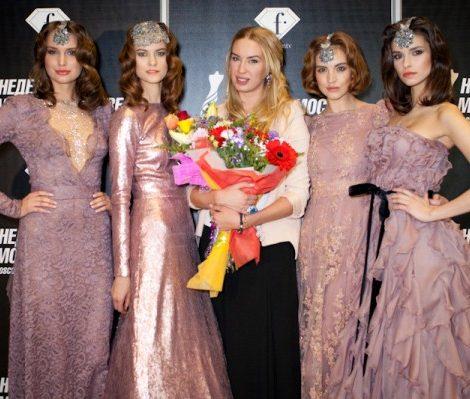 Светские детали с Екатериной Одинцовой: в La Provincia поздравили дизайнера Александру Серову