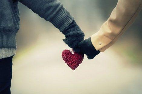Style Notes: что надеть на День всех влюбленных? 4 образа для свидания