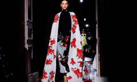 Шоу Valentino Couture, препарирующее моду при помощи психоанализа