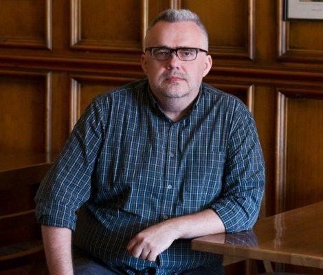 «Современность не дается в руки»: Юрий Сапрыкин — о бессюжетности настоящего и литературном каноне