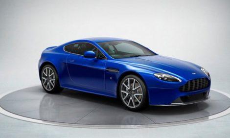 Новости: Aston Martin покорил Facebook