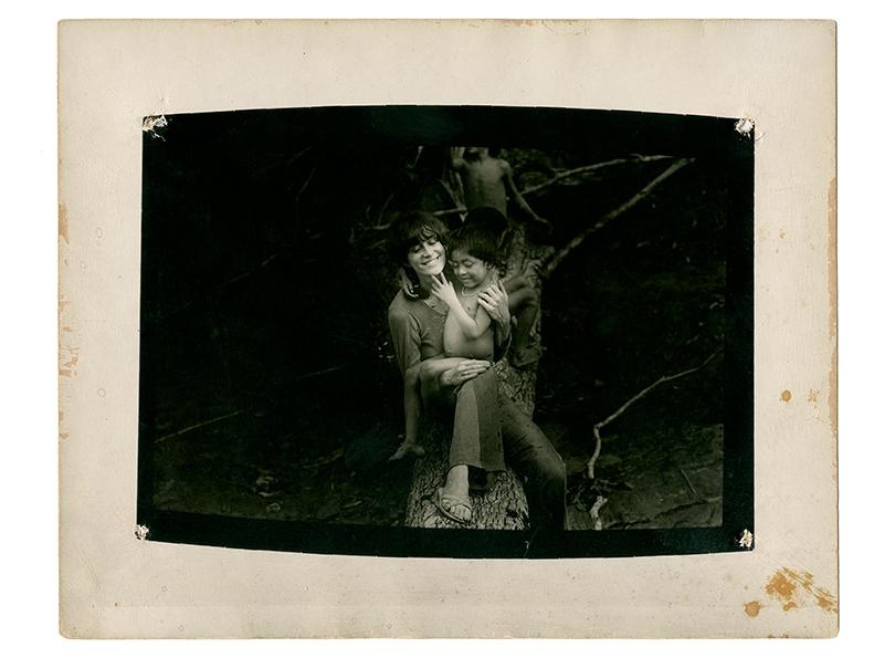 Выставка в Fondation Cartier, посвященная жизни и творчеству фотографа и правозащитницы Клаудии Андухар