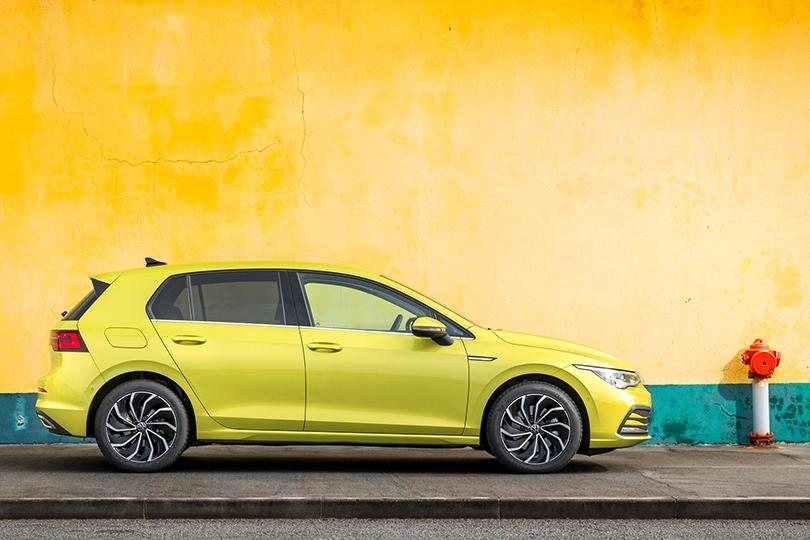Авто с Яном Коомансом: новый Volkswagen Golf 8
