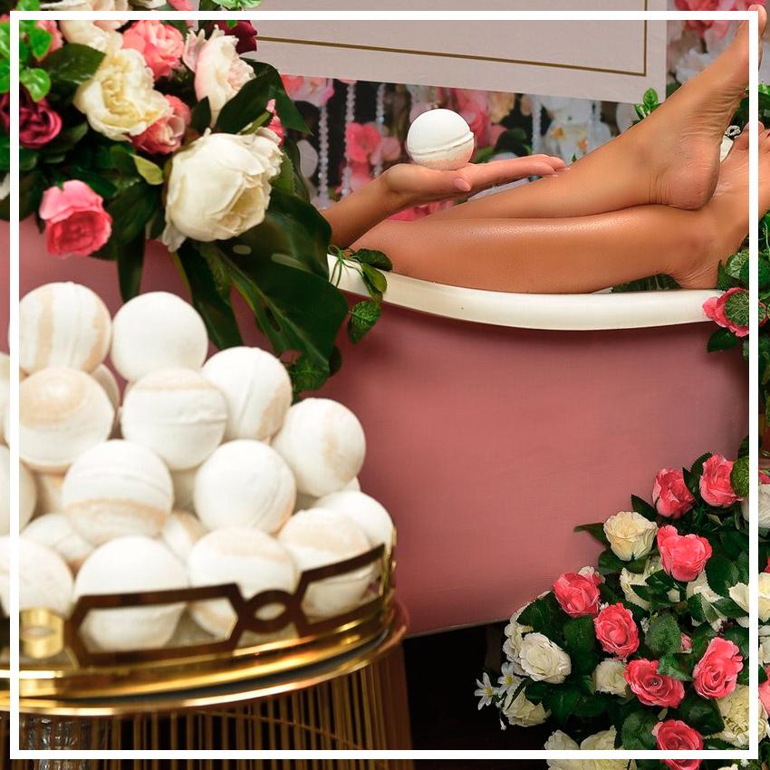 «Бомба» для ванн, снимающая автозагар, Lusso Tan