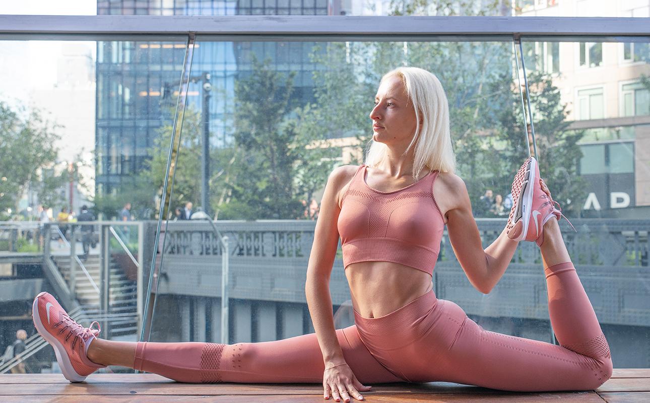 Фитнес дома с Юлией Алексеевой: упражнения на проработку всех частей тела