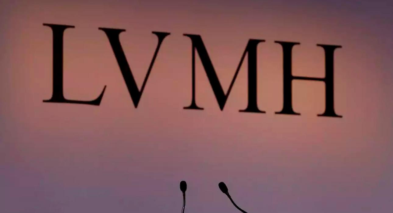 На косметических фабриках LVMH начнут производить санитайзеры для рук