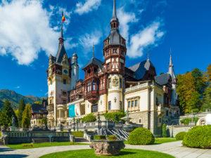 Королевский дом Румынии приглашает на карантин в замок Пелеш