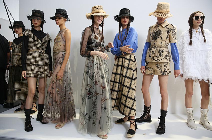 #PostaБизнес: почему нам придется забыть о традиционных Неделях моды и какие новые форматы должна освоить fashion-индустрия?