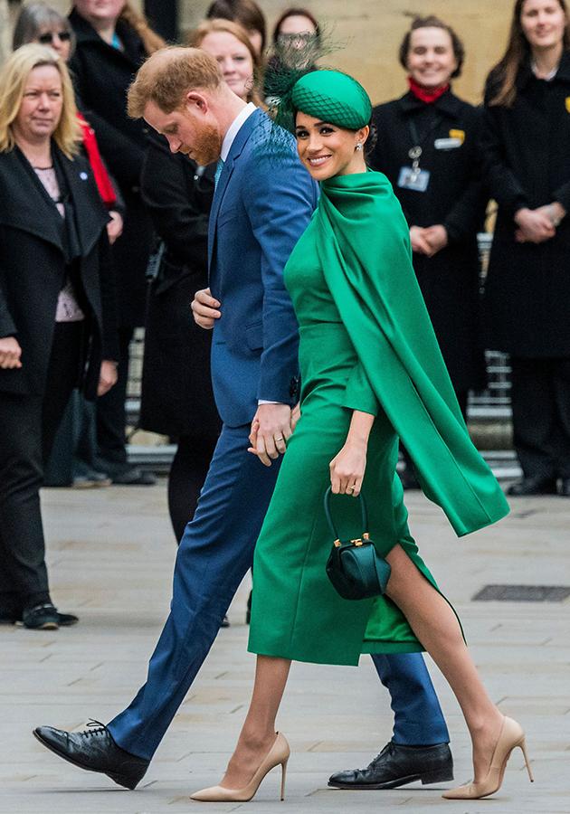 Без комментариев: Меган Маркл и принц Гарри перестанут сотрудничать с четырьмя британскими таблоидами